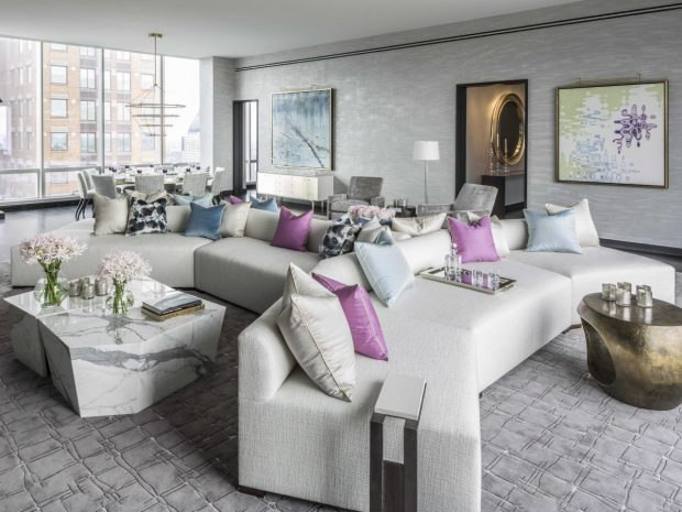 15 Colorful Living Rooms by Jamie Drake for Summer Homes Colorful Living Rooms by Jamie Drake 15 Colorful Living Rooms by Jamie Drake for Summer Homes Room Decor Ideas 15 Colorful Living Rooms by Jamie Drake for Summer Homes Luxury Homes Luxury Living Room Summer Trends 2 e1464354677192