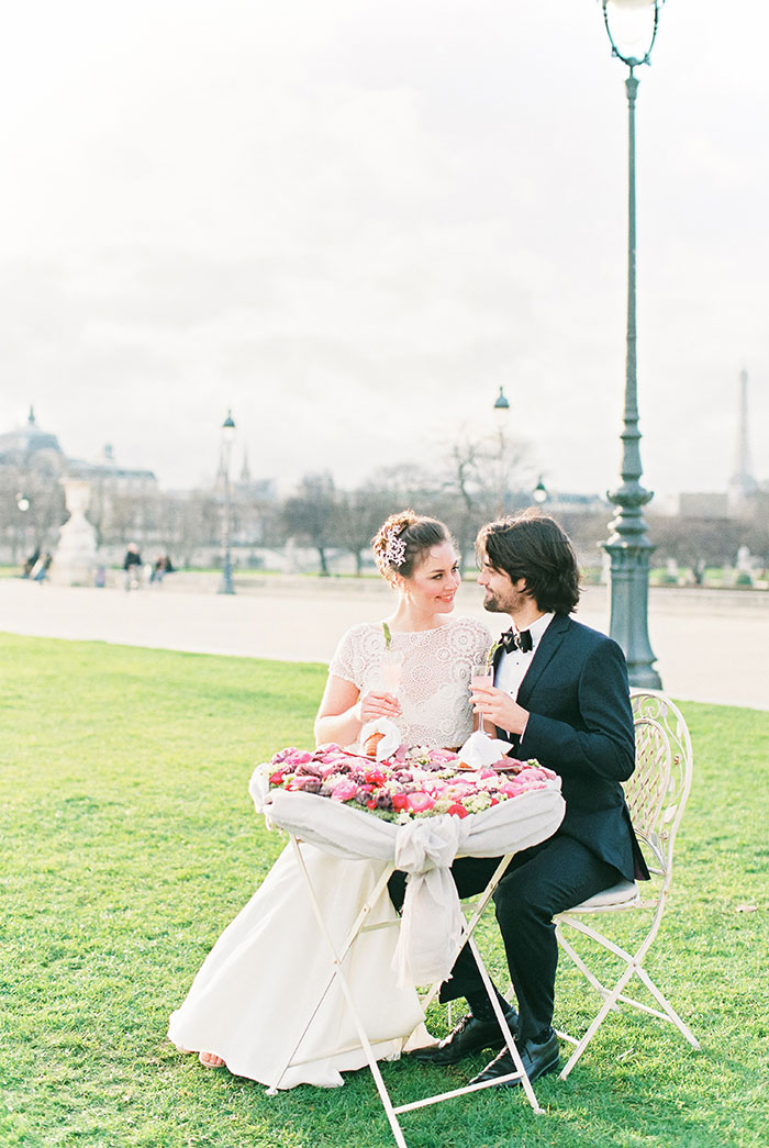 paris-elopement-pink-floral-wedding-inspiration16