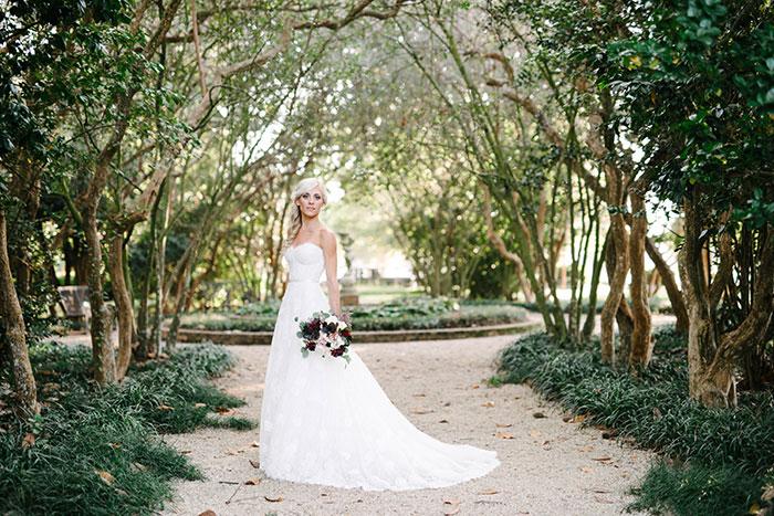 louisiana-garden-tent-wedding-rain-inspiration06