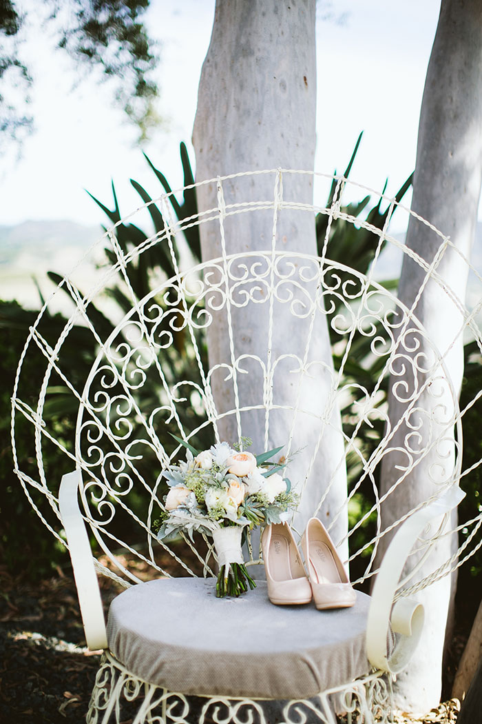 fallbrook-hacienda-boho-romantic-wedding-vintage-car-inspiration19