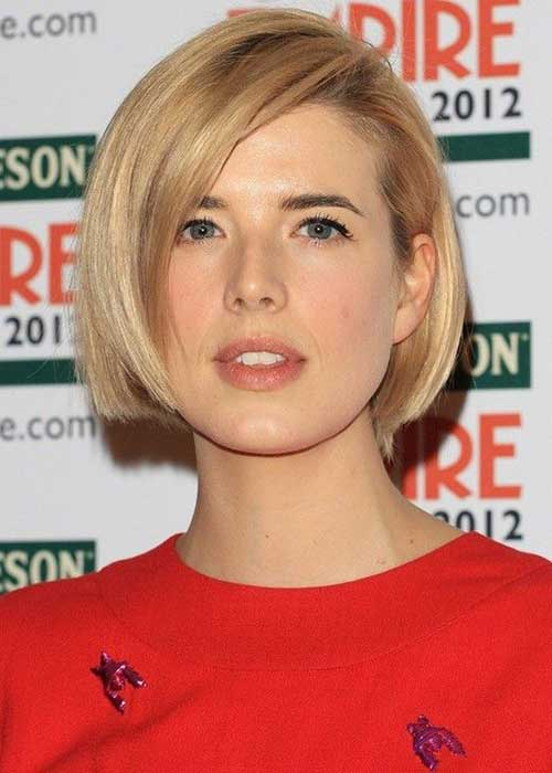 Short Haircuts for Thin Straight Hair-15