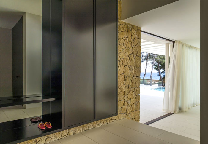 summer-vacation-house-tarragona-spain