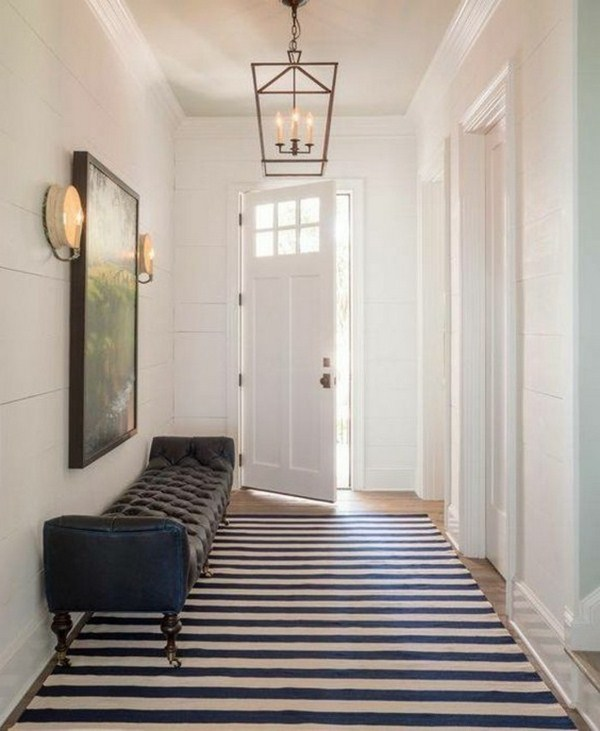 Carpet in the hallway bench raiert blue white