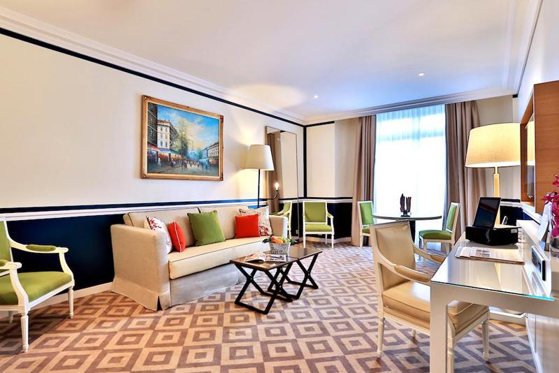 Fraser Suites Le Claridge Champs-Elysées-designrulz (9)