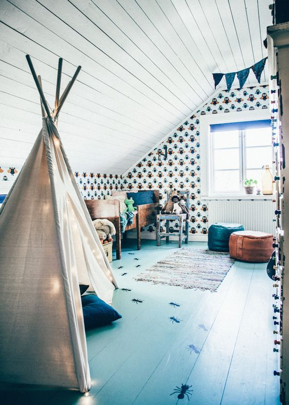 boho boys' room in the shades of blue