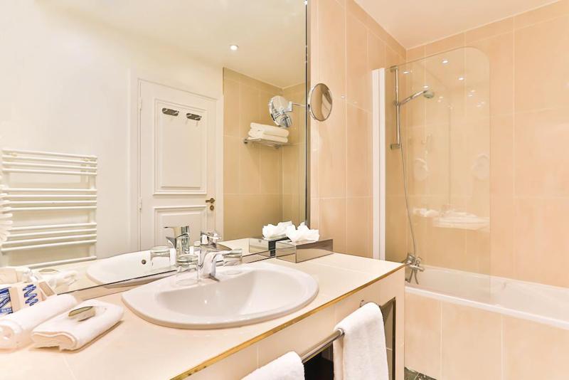 Fraser Suites Le Claridge Champs-Elysées-designrulz (28)