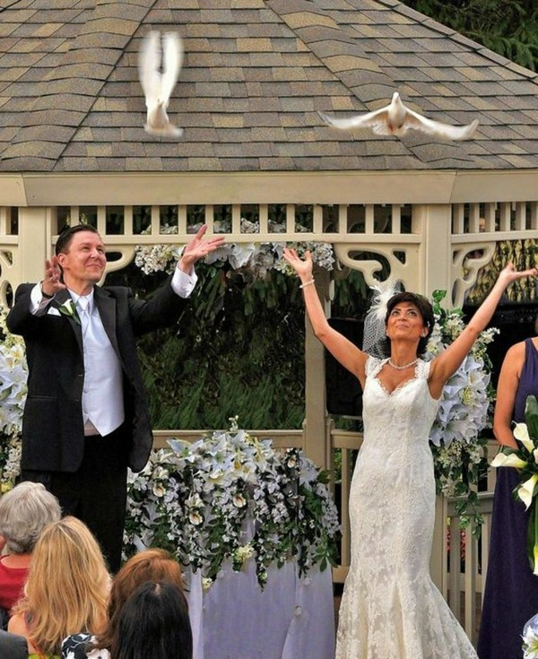 Pigeons for wedding in front of guests