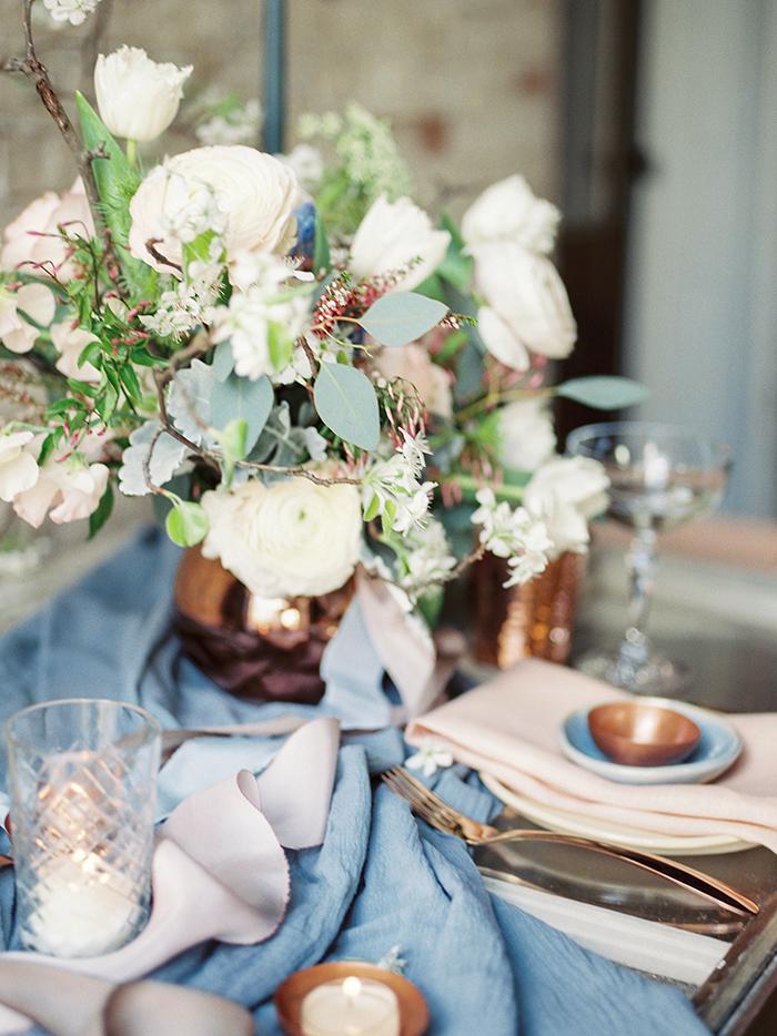serenity-quartz-pantone-copper-marble-wedding-inspiration05