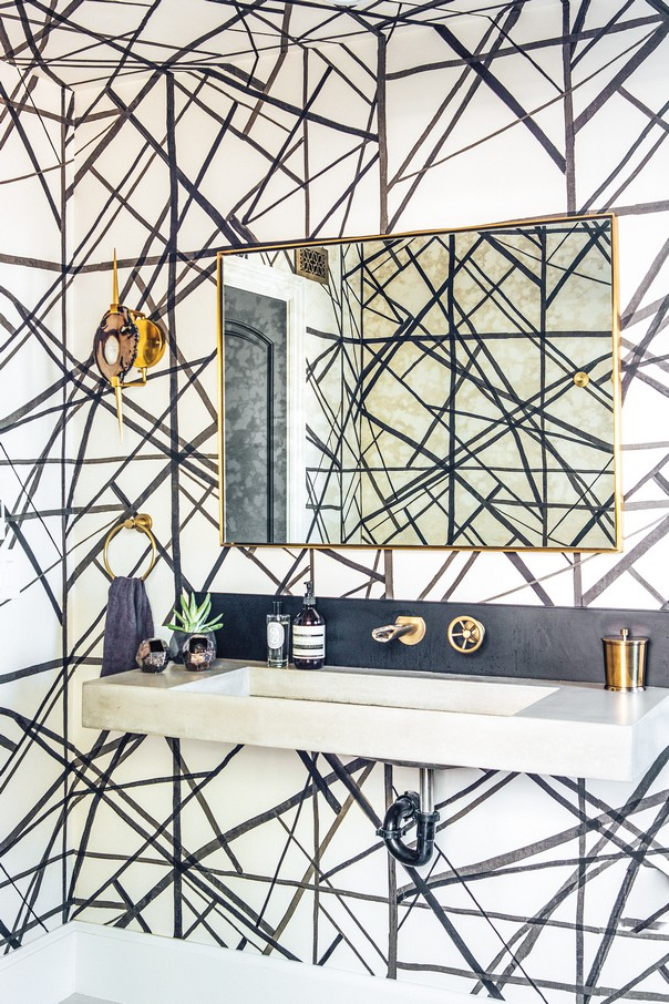 How to Style your Bathroom like Kelly Wearstler Style your Bathroom like Kelly Wearstler How to Style your Bathroom like Kelly Wearstler Room Decor Ideas How to Style your Bathroom like Kelly Wearstler Kelly Wearstler Interiors Luxury Interior Design 5