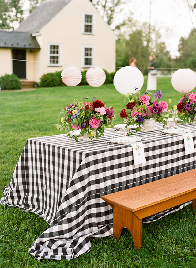 9-farm-table-benches-picnic-gingham-linen-karen-hill