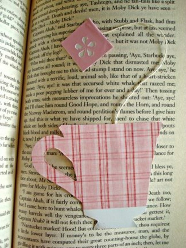 Bookmark do it yourself of paper painted
