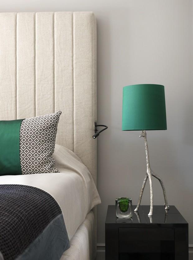 Summer Bedroom Ideas by Kelly Hoppen Summer Bedroom Ideas by Kelly Hoppen Summer Bedroom Ideas by Kelly Hoppen Room Decor Ideas Summer Bedroom Ideas by Kelly Hoppen Luxury Bedroom Luxury Homes 8