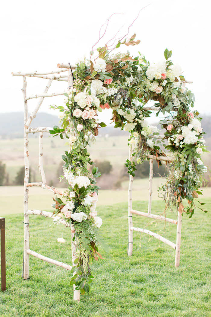 pippin-hill-farm-and-vineyards-virginia-rustic-elegant-wedding-inspiration43