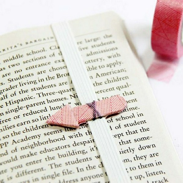 Bookmark do-it-yourself resistant paper