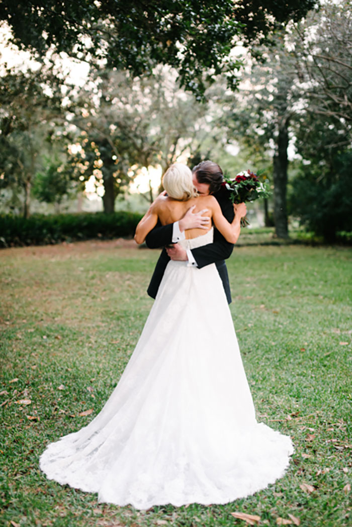 louisiana-garden-tent-wedding-rain-inspiration21