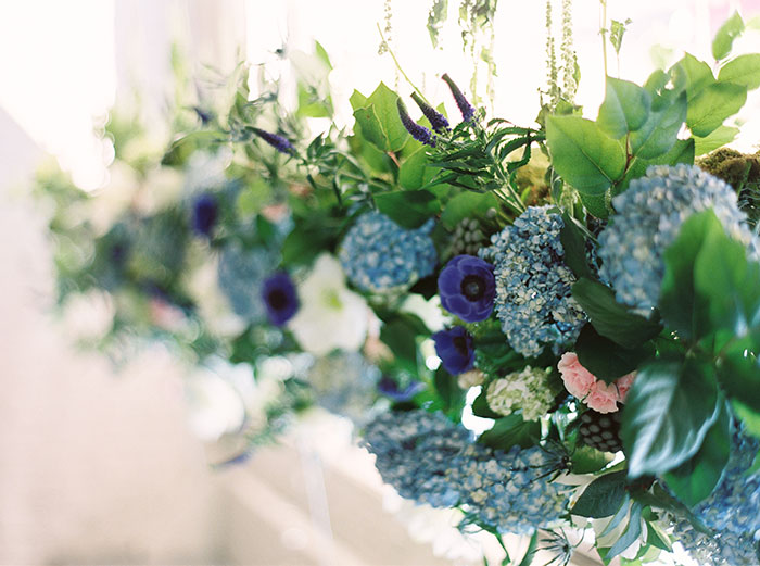 sweet-serenity-blue-floral-inspiration-shoot21