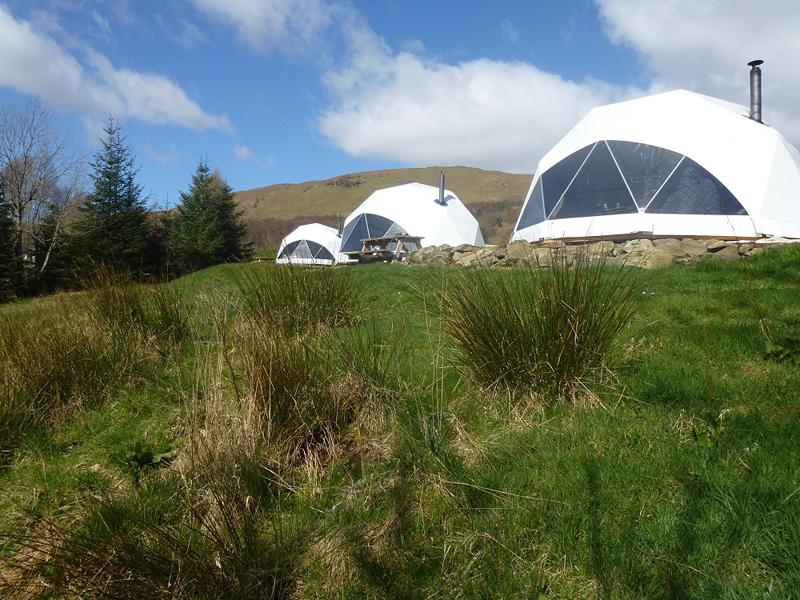 Glamping Domes (4)