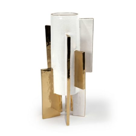The most stylish accessories to a bold living room Stylish Accessories to a Bold Living Room The Most Stylish Accessories to a Bold Living Room Room Decor Ideas The Most Stylish Accessories to a Bold Living Room Luxury Interior Design Luxury Homes Abstract Cylindrical Vase by Kelly Wearstler
