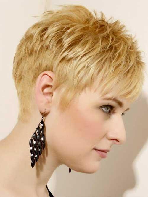 Layered Short Haircuts-20