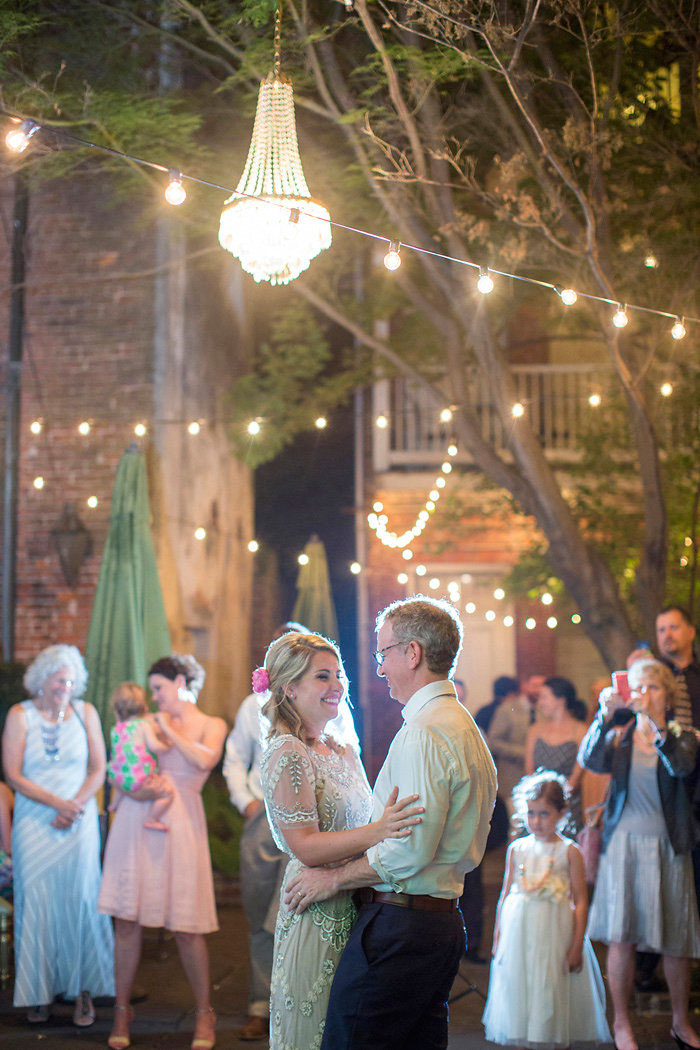 cafe-amelie-new-orleans-vintage-pink-wedding-inspiration54