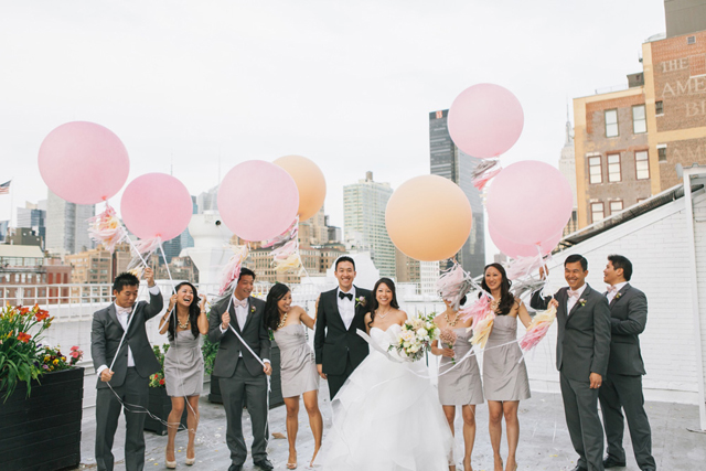 20-bridal-party-giant-balloons-nyc-rooftop