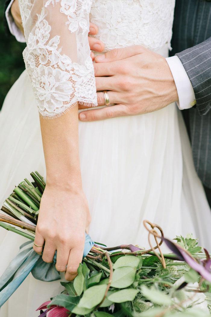 french-quarter-new-orleans-romantic-old-world-lavender-wedding-inspiration25