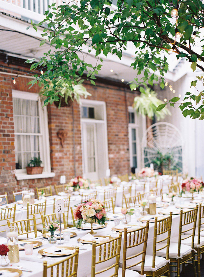 cafe-amelie-new-orleans-vintage-pink-wedding-inspiration38