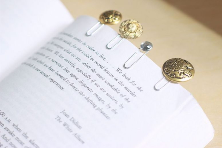 DIY refined button bookmarks