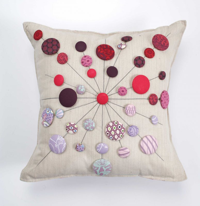 DIY lollipop cushion with buttons