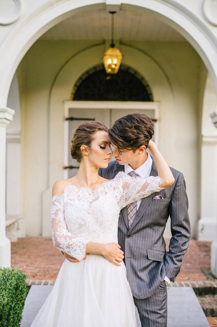 french-quarter-new-orleans-romantic-old-world-lavender-wedding-inspiration40