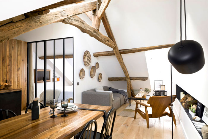loft-paris-exposed-wooden-beams-11