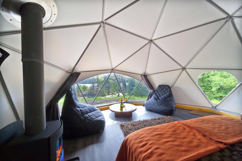 Glamping Domes (10)