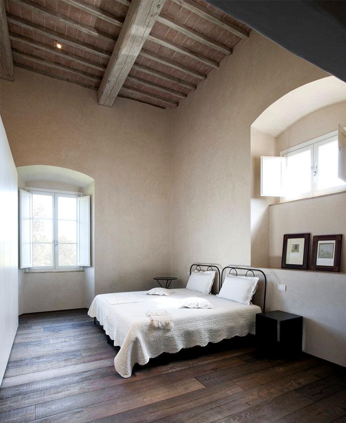 historic-italian-villa-13