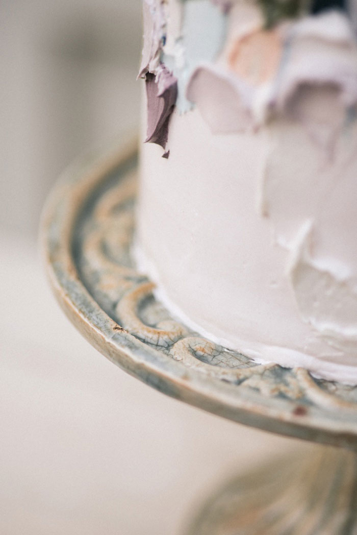 french-quarter-new-orleans-romantic-old-world-lavender-wedding-inspiration38