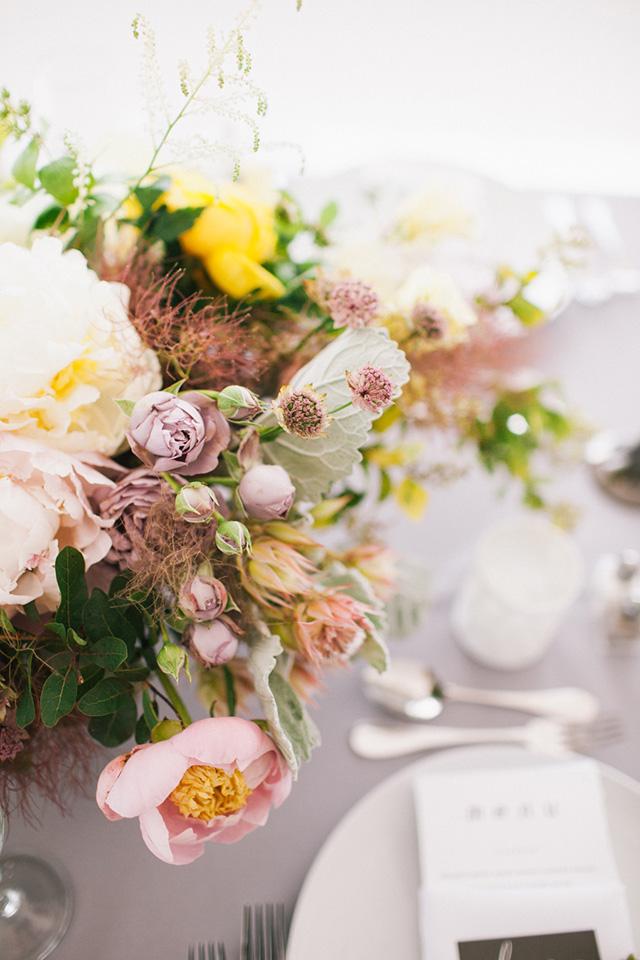 3-lush-florals-tablescape