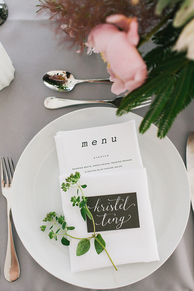 2-modern-wedding-menu-calligraohy