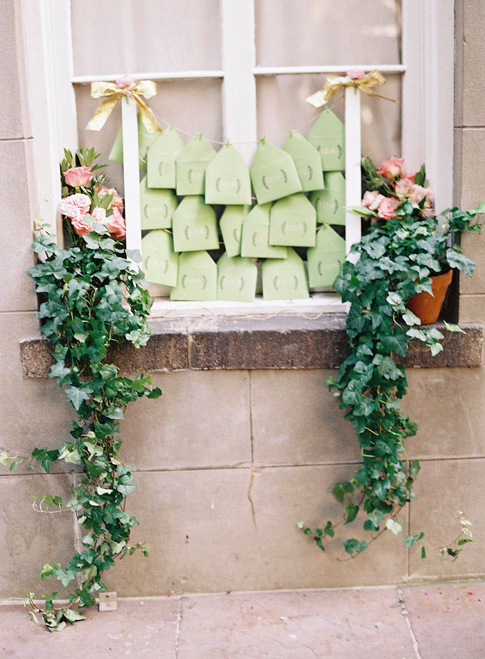 cafe-amelie-new-orleans-vintage-pink-wedding-inspiration36
