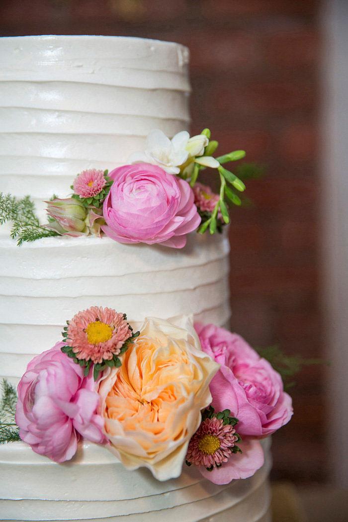 cafe-amelie-new-orleans-vintage-pink-wedding-inspiration55