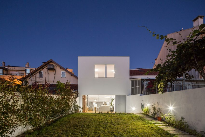 House in Matosinhos by nu.ma (28)