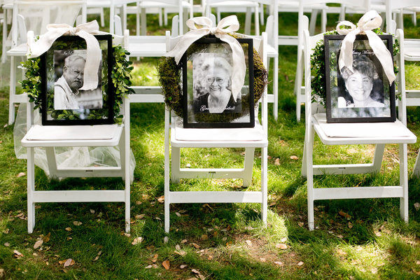 honoring loved ones wedding chair