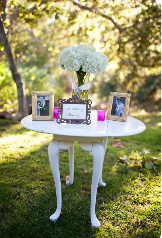 honoring loved ones wedding decor
