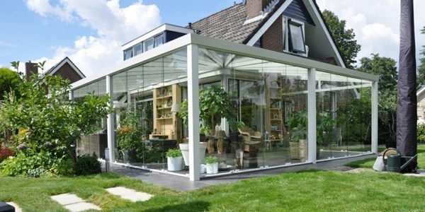 Canopy glass and garden pond