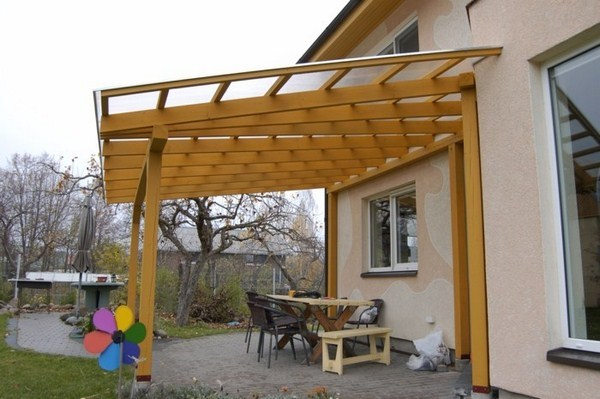 Canopy made of wood with wall tiling