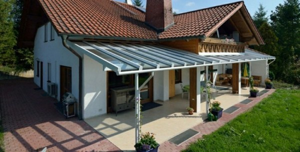 Freestanding canopy backyard