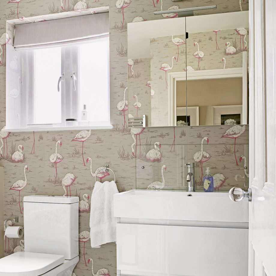 Wallpaper a cloak room