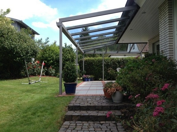 Summerhouse with glass canopy
