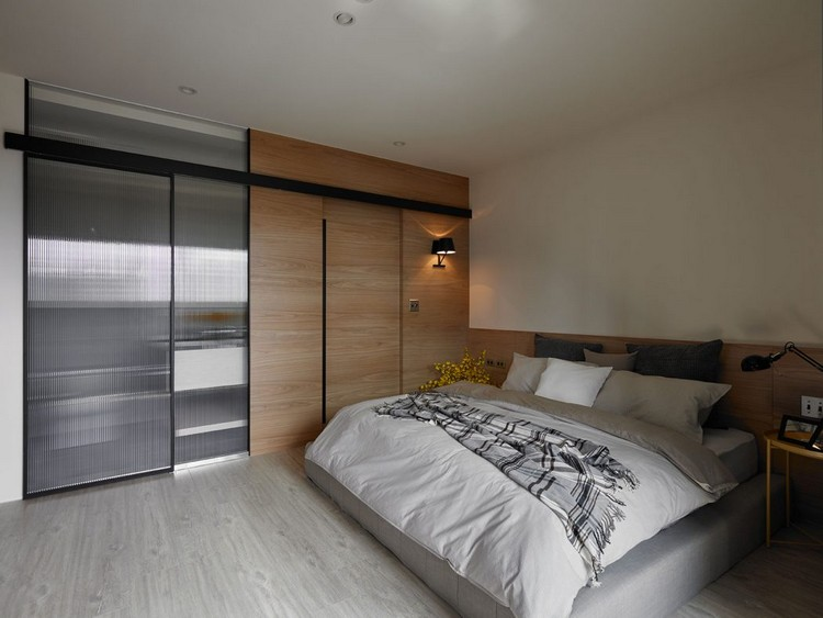 timber-cladding-inside-bedroom-cabinet-bath-sliding-doors