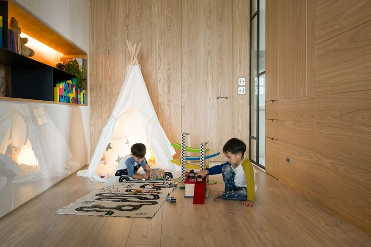 timber-cladding-inside-children-play-hits-a-corner-indian-tipi-sid-board