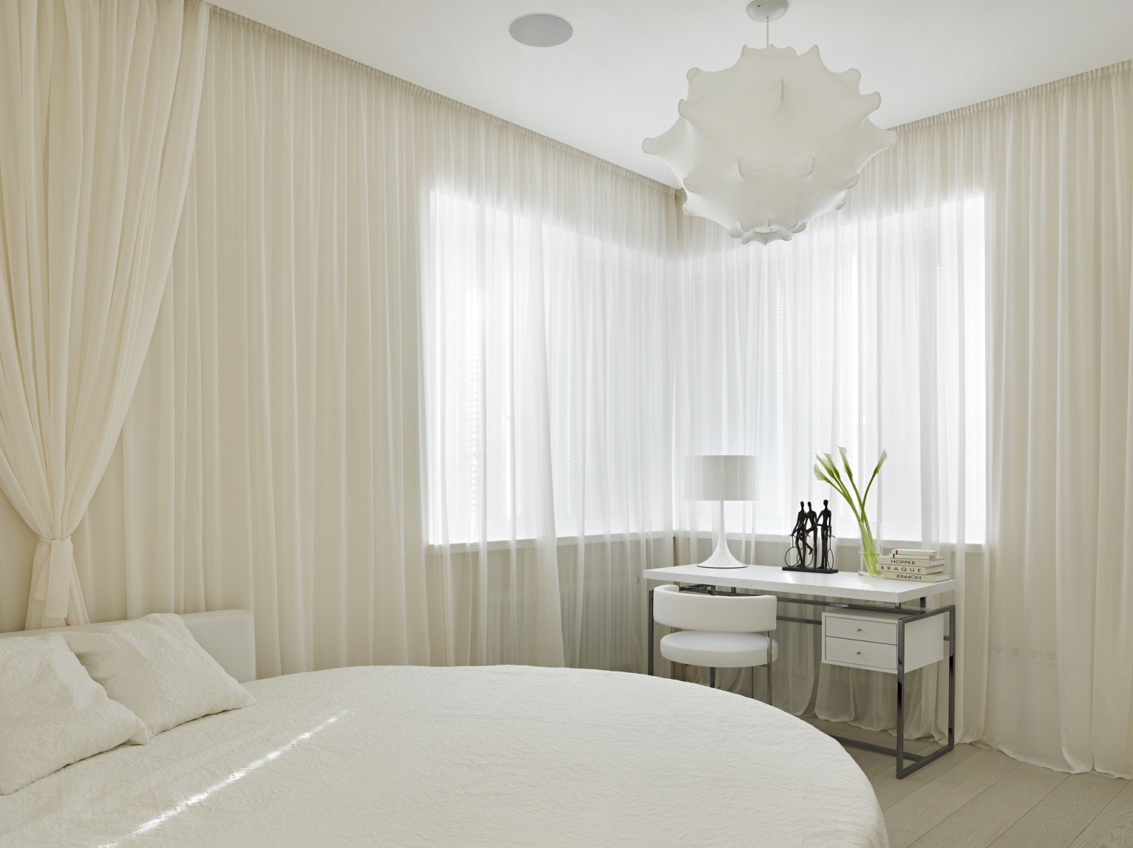 Beautiful small white bedroom by Alexandra Fedorova