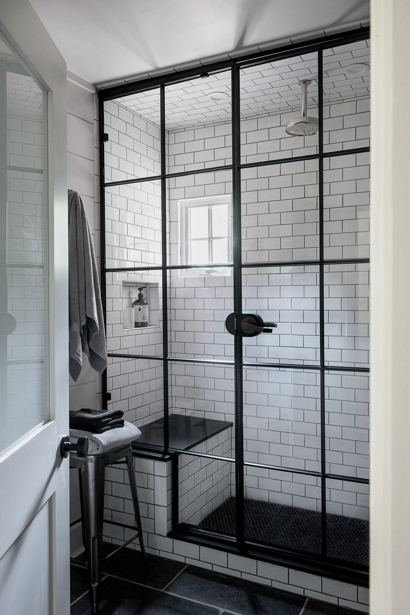 Framed shower windows